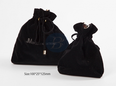 Brief introduction to the product features of Velvet drawstring bags