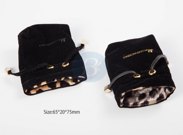 Jewelry pouches with logo design need to pay attention to those?