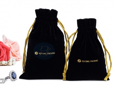 Velvet pouches wholesale that can increase jewelry sales